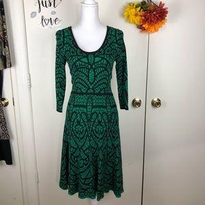 CARMEN MARC VALVO WOMEN SWEATER DRESS SIZE SMALL